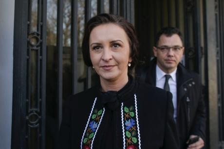 Ministrul pentru românii de pretutindeni, întâlnire cu reprezentanții firmei din Cehia, unde au murit 5 români