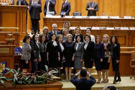 Decizie de ULTIMĂ ORĂ a femeilor social - democrate - Ce vor VOTA în CEx-ul în care se decide soarta lui Dragnea