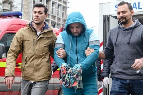 Gest ȘOCANT făcut de afaceristul care a vrut să își ucidă soția, într-un accident rutier, în București: Polițiștii l-au găsit în baie SPÂNZURAT