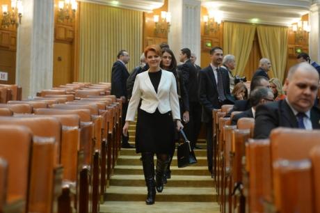 Ipoteză INCENDIARĂ Lia Olguța Vasilescu amenință că votează moțiunea de cenzură dacă nu e numită ministru