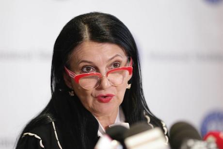 Sorina Pintea TAIE în CARNE VIE - Zeci de manageri de spitale au fost sancționați