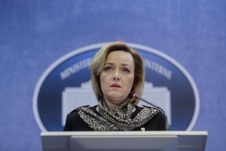 Carmen Dan ACUZĂ Parchetul General că TERGIVERSEAZĂ Dosarul protestului diaspora din 10 august