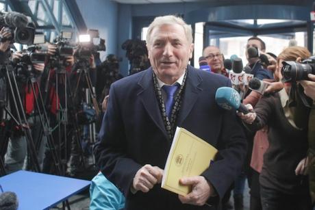 Augustin Lazăr, 'hărțuit' de jurnaliști la sediul Parchetului General: 'Nu este corect ceea ce faceți'