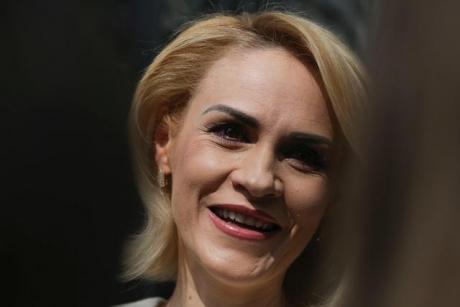 Gabriela Firea se amuză de scorul ridicol pe care Dăncilă îl are în sondaje: 'Vor prelua un partid cu 10%'