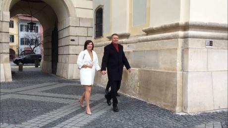 Răzvan Savaliuc a explodat după ce a aflat că soția lui Klaus Iohannis nu vine la Parchet: 'Trebuie adusă cu mandat'
