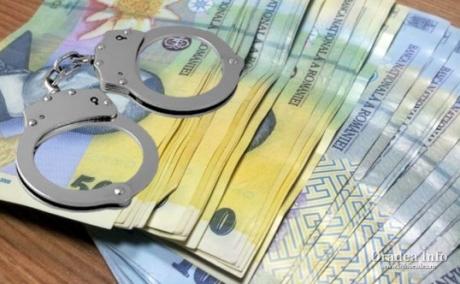 SCANDALOS Foști angajați la Cadastru sunt acuzați de faslsificarea actelor de proprietate: zeci de cazuri găsite de polițiști