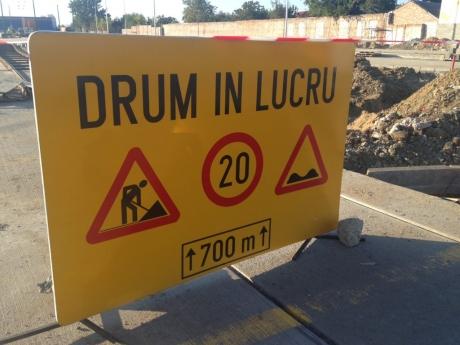 DN7 închis circulaţiei rutiere în Topoloveni, pentru repararea podului peste Cricov: Cât durează restricţia