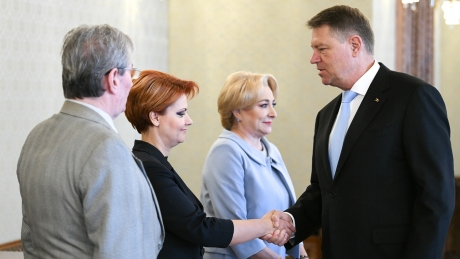 Totul a fost aflat! MAREA LOVITURĂ pe care Klaus Iohannis i-o pregătește Olguței Vasilescu