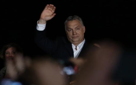 Viktor Orban o felicită pe succesoarea Angelei Merkel la şefia CDU