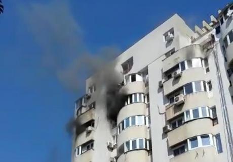 Bărbat din iași, fumător înrăit, a murit carbonizat într-un incendiu