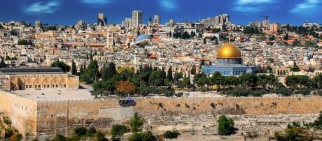 Una dintre marile puteri economice ale lumii ia în considerare mutarea ambasadei sale la Ierusalim