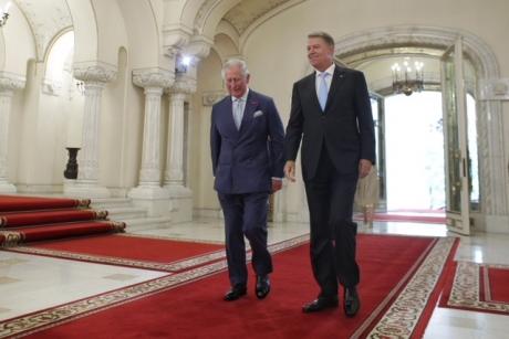 Întâlniri de gală pentru Iohanis la Londra - Va fi primit de Theresa May și va participa la aniversarea Prințului Charles la Palatul Buckingham