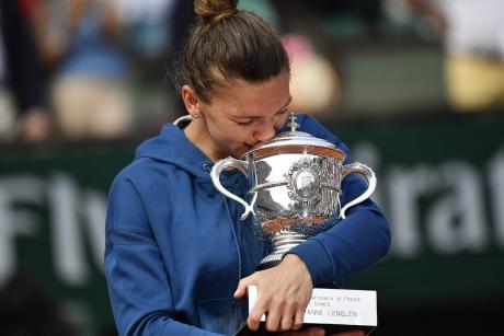Simona Halep este FAVORITĂ la Roland Garros: Pariul pus de legendara Martina Navratilova