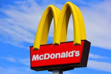 Încă un restaurant McDonald's se ÎNCHIDE, în București, după 20 de ani de activitate