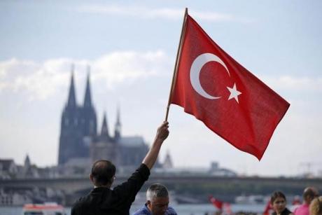 ALEGERI ÎN TURCIA - Secţiile de vot s-au închis pentru alegerile prezidenţiale şi legislative anticipate