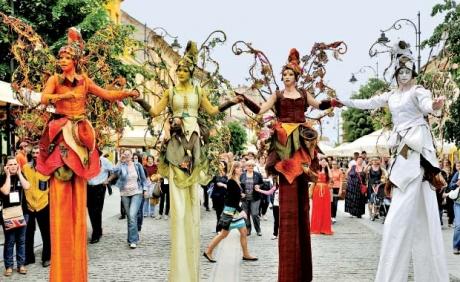 Gigel Știrbu: Felicitări din toată inima organizatorilor Festivalului Internațional de  Teatru de la Sibiu, pentru un adevărat exemplu de bună guvernare