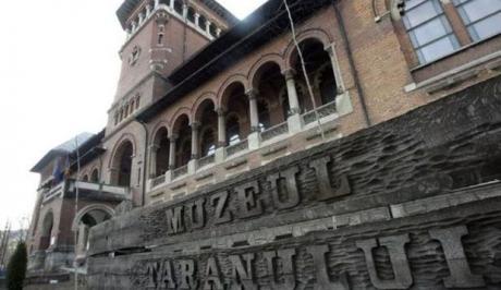 Muzeul Naţional al Ţăranului Român găzduiește o expoziţie de pictură şi grafică, între 15 iulie şi 2 august