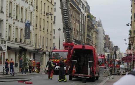 S-a dat ALARMA la Paris! Peste 60 de turiști, printre care și mulți români, sunt EVACUAȚI: Sunt cel puțin 9 victime