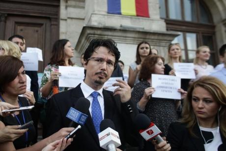 Cristi Danileț: Independența procurorilor de ministrul Justiției, un deziderat vechi de 100 de ani, călcat în picioare