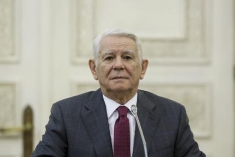 După ce MApN a primit 2% din PIB, Meleșcanu iese la rampă - vrea buget dublu la MAE