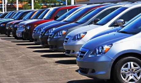 Acţiunile producătorilor auto au crescut marţi în urma unui raport conform căruia China ar putea reduce tarifele vamale la maşinile fabricate în SUA