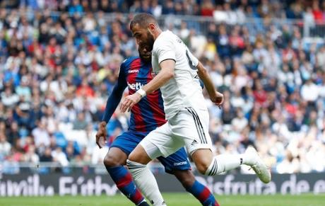 Real Madrid a câștigat meciul cu Betis, scor 3-2, revenind de la 1-2