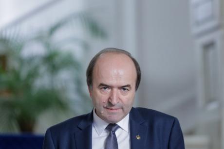 Tudorel Toader îi răspunde lui Dragnea, după ce a criticat absența lui Carmen Iohannis la audierile de la Parchet: Nu este treaba ministrului Justiției