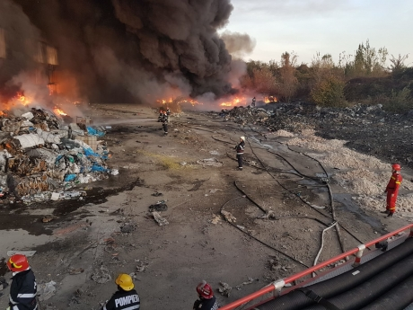 Ministrul Mediului, dezvăluiri grave: Ce a ars de fapt în incendiul de trei zile de la Ploieşti