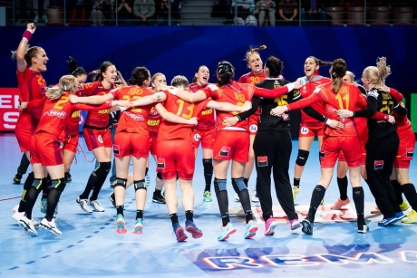 Romania succeeds spectacular victory over Spain at 2018 EHF European Women's Handball Championship