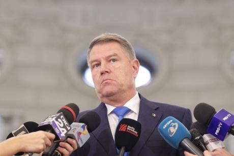 Klaus Iohannis vrea o 'DISCUȚIE AȘEZATĂ' pentru ca România să devină republică prezidențială: 'Am putea să reluăm dezbaterea pe arhitectura statului' - VIDEO