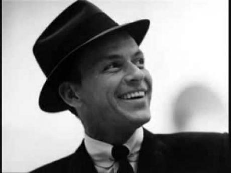 Obiecte care i-au aparținut legendarului Frank Sinatra au fost vândute la o licitație