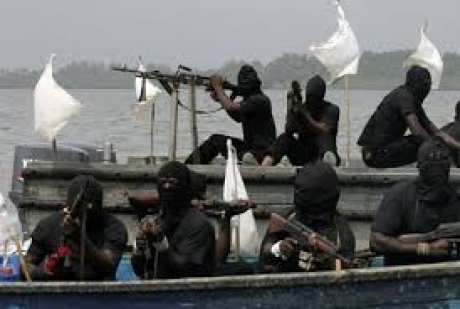 Pirații nigerieni au eliberat echipajul unei nave capturate