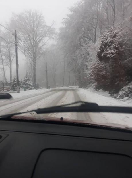 Neamț: Circulația rutieră se desfășoară în condiții de iarnă