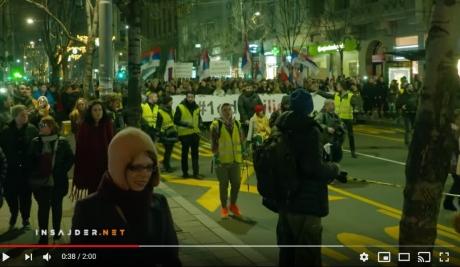 10.000 de oameni au protestat la Belgrad împotriva președintelui Aleksandar Vucic şi a Partidul Progresiv Sârb