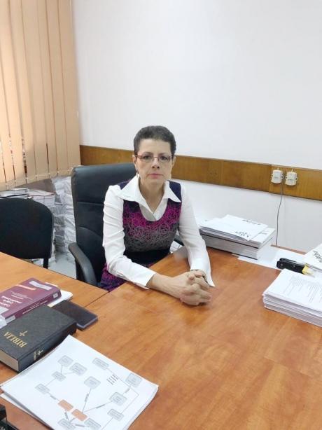 Adina Florea răspunde acuzațiilor: 'Niciodată nu am fost aservită politic. Nimeni nu a încercat să îmi impută vreo idee'