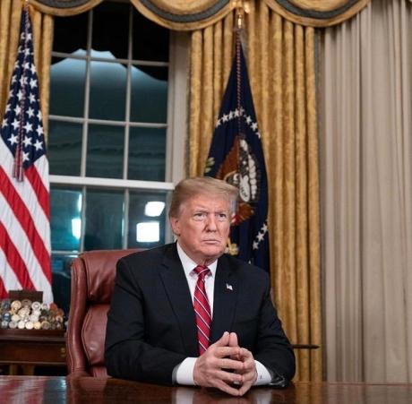 Donald Trump pune în pericol liderul opoziției - Nancy Pelosi îşi anulează vizita în Afganistan după ce președintele a dezvăluit planul călătoriei
