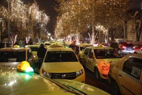 Taximetriștii AU BLOCAT centrul Bucureștiului: PROTEST de amploare - VIDEO