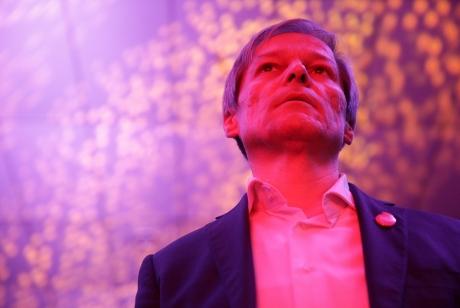 VIDEO Dacian Cioloș îi spune lui Ludovic Orban că 'nu a trezit îngrijorări la Bruxelles': 'CEDO nu e instituţie a UE'