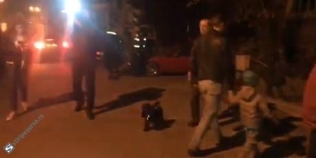 Zeci de persoane manifestează în fața Secței 17 de Poliție, după ce mai mulți protestatari Rezist au fost săltați de jandarmi - LIVE VIDEO