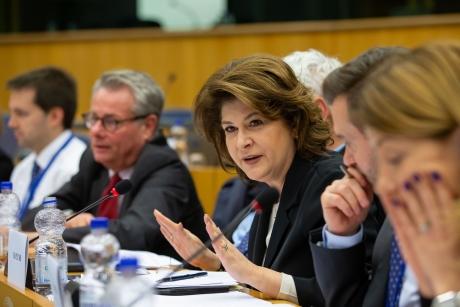 Rovana Plumb: 'Au fost depuse proiecte în valoare de 39 miliarde de euro, din care am contractat până în momentul de faţă  21 de miliarde de euro'