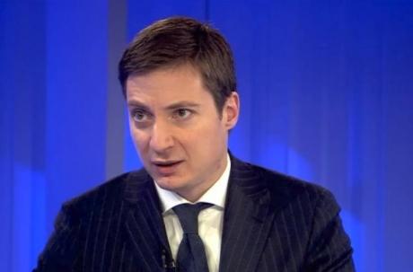 Andrei Caramitru a EXPLODAT la adresa liberalilor care distribuiau pliante FALSE în numele USR-PLUS