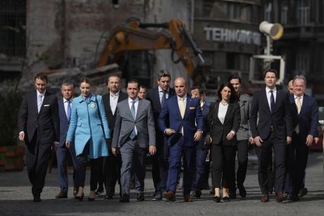 INTERVIU - Rareș Bogdan, după prima campanie electorală: În democrație hoții stau la pușcărie, nu în fruntea statului