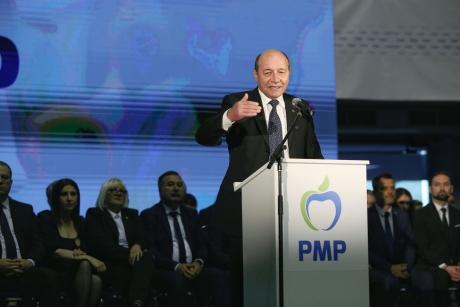 Traian Băsescu exultă după evenimentul de ieri: 'Entuziasm și o atmosferă care amintește de vechiul PD'