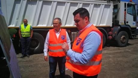 Ministrul Transporturilor, Răzvan Cuc: 'Lucrările la drumul Bacău-Neamţ vor începe la sfârşitul lui iunie 2020'