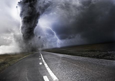 Avertizare cod portocaliu de furtună și vijelii în mai multe localități din județul Vrancea