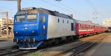 O persoană s-a aruncat în fața trenului în București