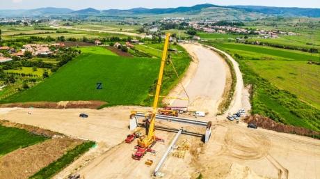 Chinezii, interesați să construiască Autostrada Brașov-Oradea: valoarea contractul este de 1.452.517.863 lei