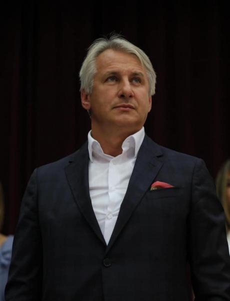 Eugen Teodorovici: 'Noi oferim cele mai bune guvernări, cei mai buni premieri, cei mai buni primari, parlamentari şi, de ce nu, cel mai bun PREŞEDINTE'