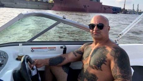 Justiție made in România: Interlopul care i-a înjunghiat pe baschetbaliștii americani a fost ELIBERAT și plasat în arest la domiciliu