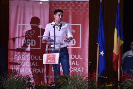 Claudiu Manda, către PSD-iști: Nu avem cum să mergem cu capul plecat pe stradă și să stăm să ne spună un USR-ist 'ciuma roșie'